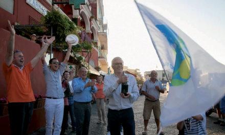 BUGIARDO: GIANNI DE MARTINO ECCO IL PINOCCHIO DEL COMUNE