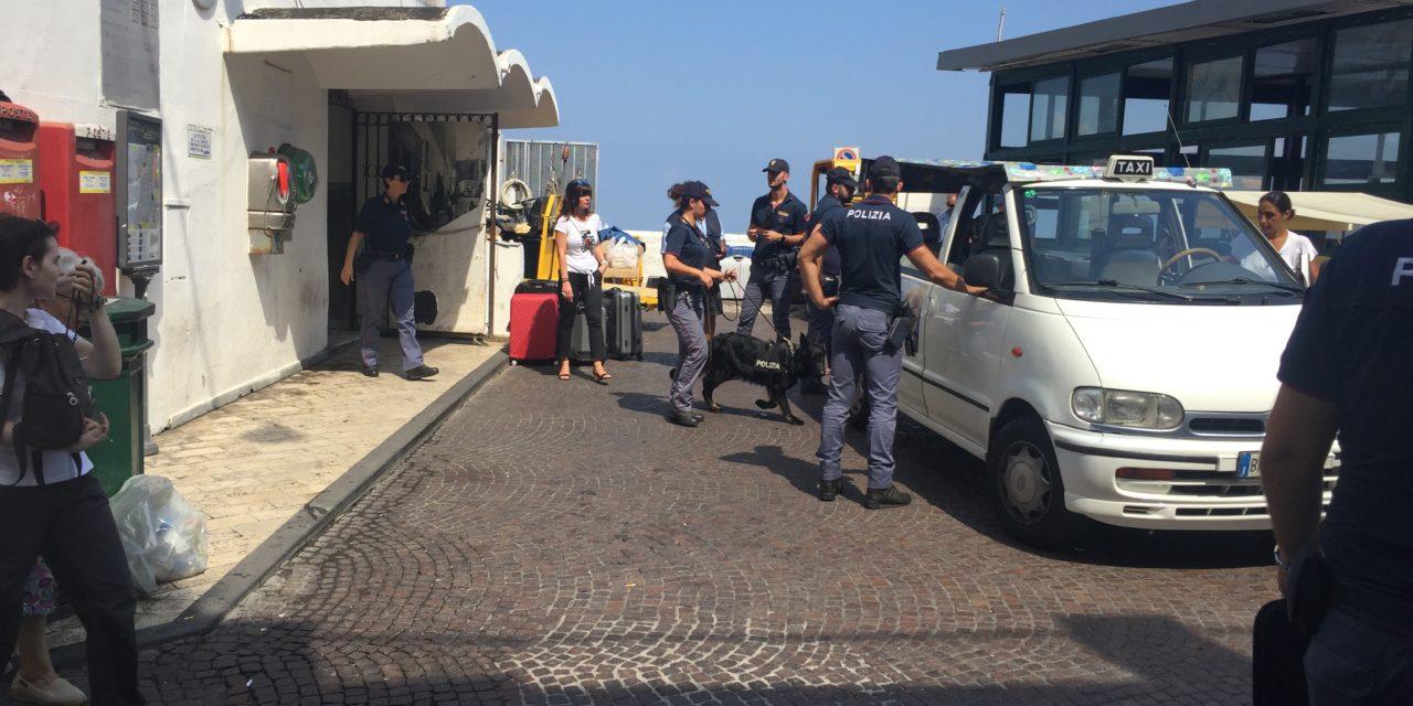 POLIZIA: OPERAZIONE ANTIDROGA A CAPRI