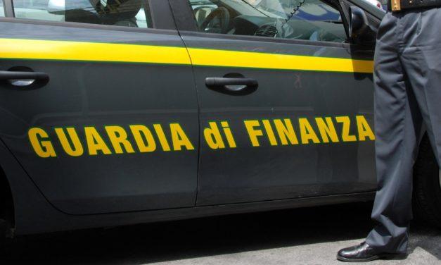 GUARDIA DI FINANZA: SANZIONATO E DENUNCIATO TASSISTA CHE NON ERA TALE