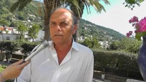 IL SINDACO DICE STOP A PROCURA E ABBATTIMENTI