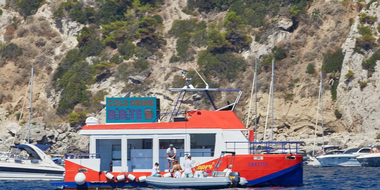 Capri Sea Bar prima in Europa, iniziativa isolana per le acque di Capri